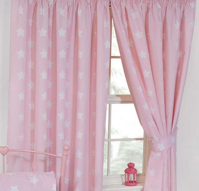 Gordijnen roze met witte sterren/sterretjes 168 cm breed en 137 cm ...