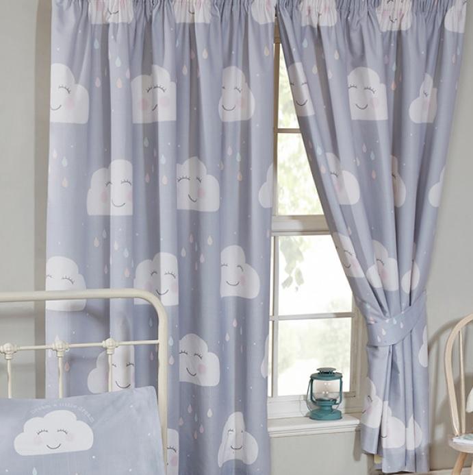 Gordijnen vrolijke witte wolkjes 168 cm breed en 137 cm lang – Blije ...